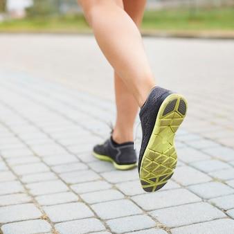 Un buen calzado es la base para correr