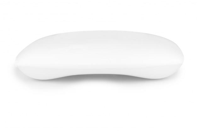 Burbuja de jabón aislada en blanco
