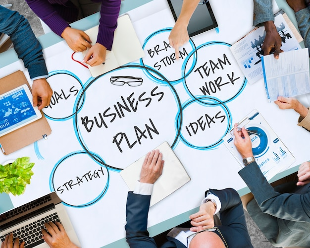 Burbujas de estrategia de plan de negocio de comercialización