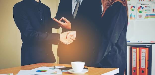 Bussiness y reuniones y unidad de trabajo.