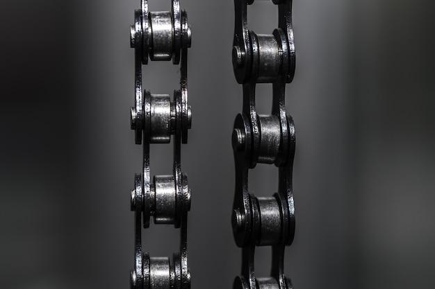 Cadena de bicicleta de metal. de cerca