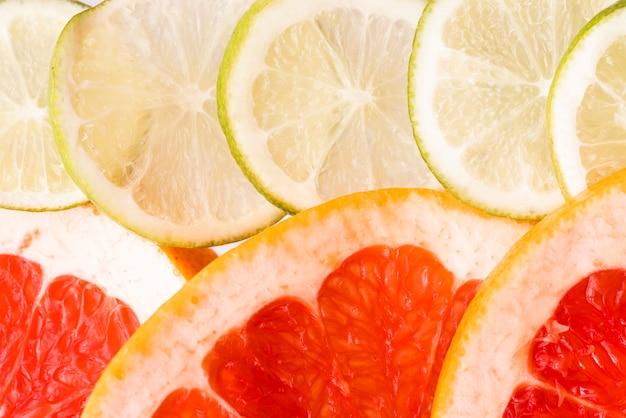 Cadena de primer plano de frutas cítricas