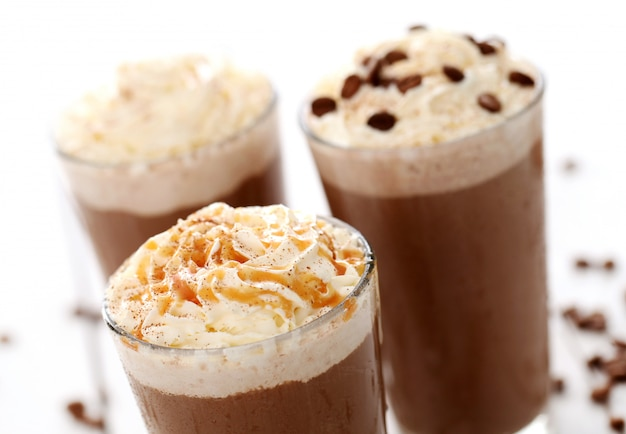 Café helado con crema batida
