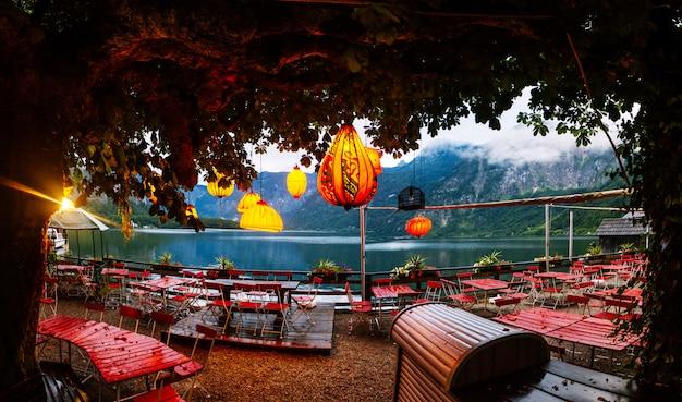 Cafe de verano al estilo oriental