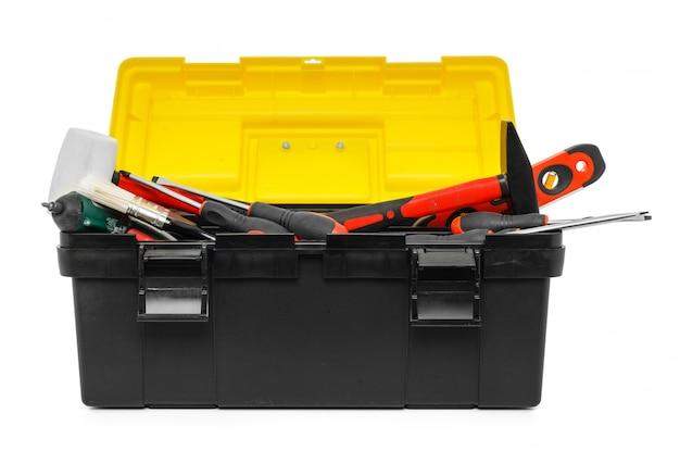 Caja de herramientas aislada en el fondo blanco