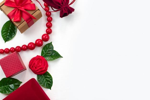 Caja de regalo de embalaje accesorios de mujer.