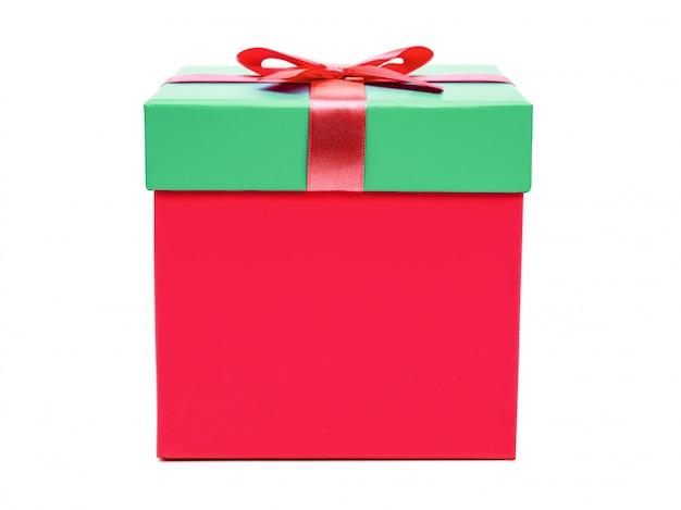 Caja de regalo con lazo de cinta. regalo de vacaciones