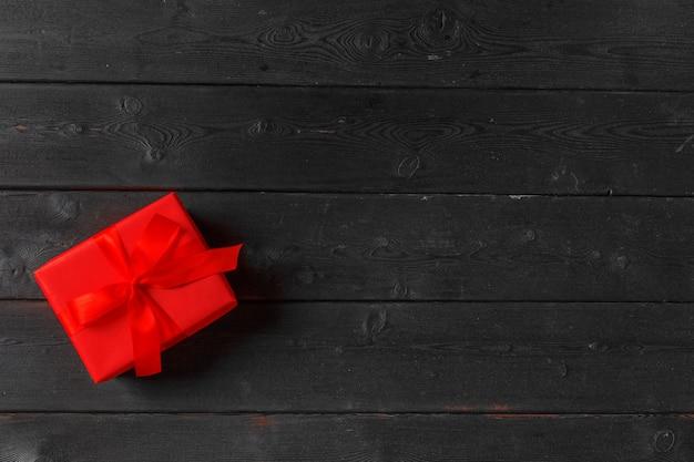 Caja de regalo en madera