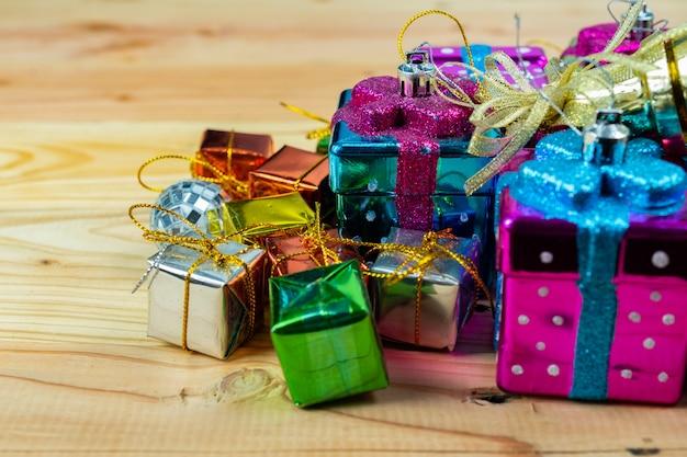 Caja de regalo de navidad en madera