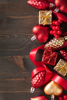 Caja de regalo de navidad y marco de fondo de decoración