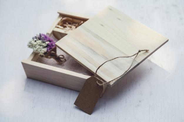 Caja de regalo de la vendimia