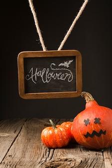 Calabazas decorativas de halloween con maqueta