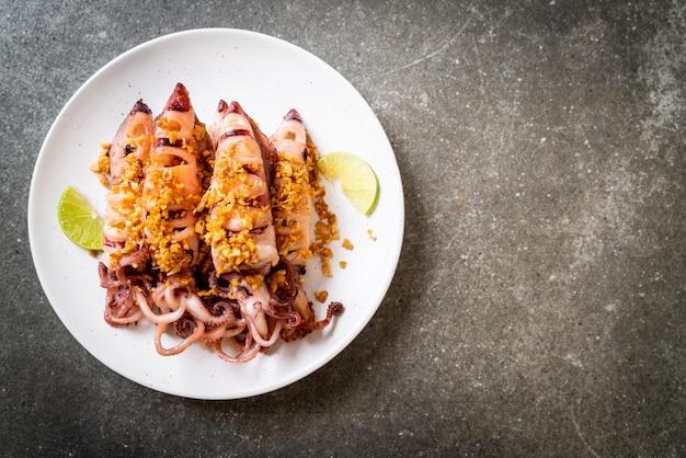Calamares fritos al ajillo - estilo marinero