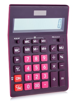 Calculadora digital de plástico púrpura, aislado en un fondo blanco, primer plano.