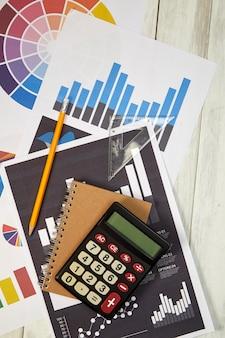 Calculadora de vista de ángulo alto en documentos en la tabla