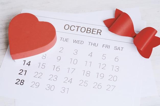 Calendario con caja de regalo.