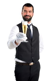 Camarero de lujo con champán