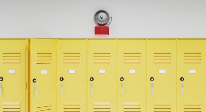 Campana de la escuela encima de los casilleros