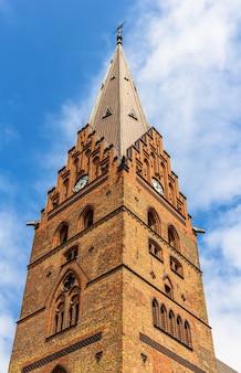 Campanario de la catedral de san petri en malmo
