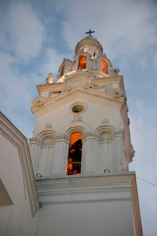 Campanario de una iglesia, iglesia del sagrario, catedral de quito, plaza de independencia, centro histórico, quito, ecuador