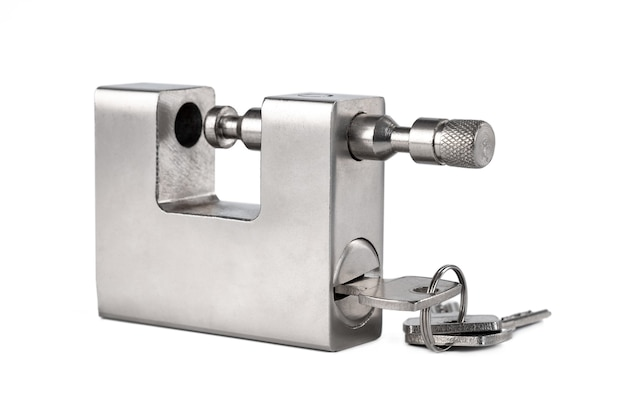 Candado de plata abierto aislado, objeto