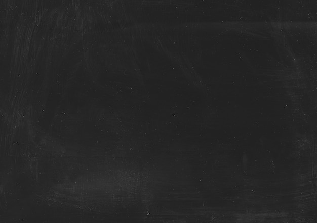 Capa rayada negra. textura angustiada. polvo blanco sobre fondo oscuro.