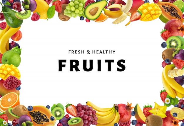 Capítulo hecho de diferentes frutas y bayas, aisladas sobre fondo blanco