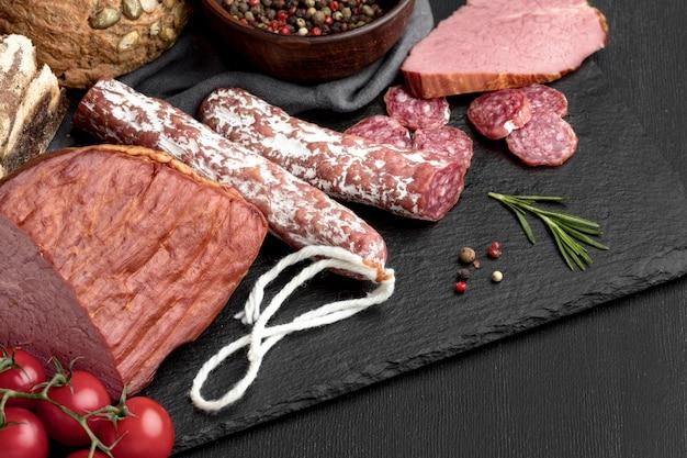 Carne de salami y filete
