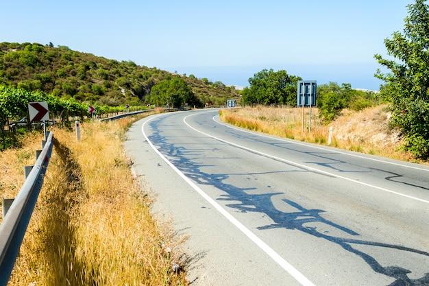 Carretera de resina reparada