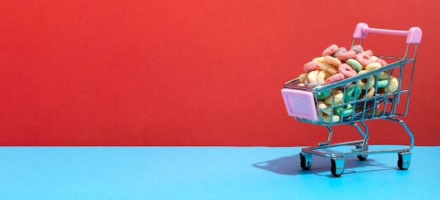 Carrito de compras con cereales