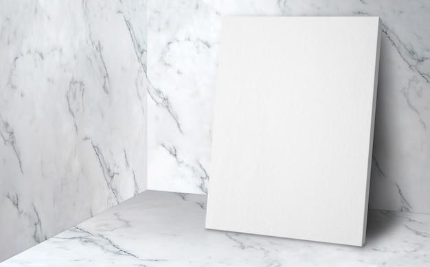 Cartel en blanco en la sala de estudio de esquina con fondo de pared y piso de mármol