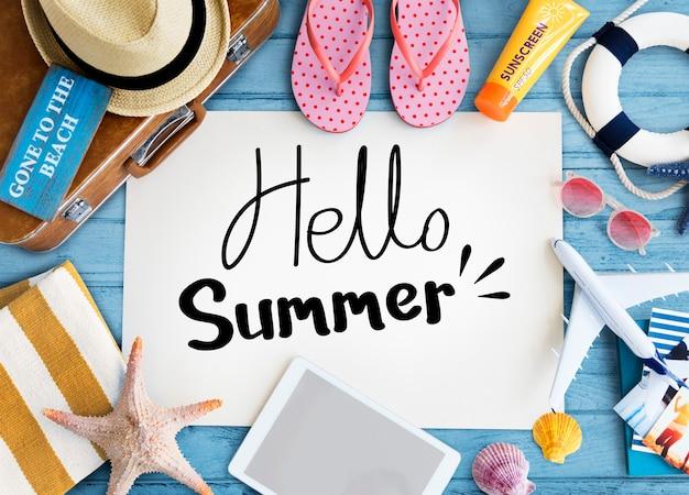 Cartel de verano con artículos de playa.