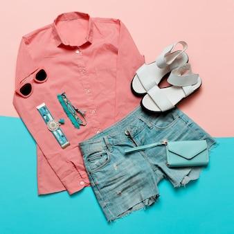 Cartera tendencia de color pastel y accesorios de verano