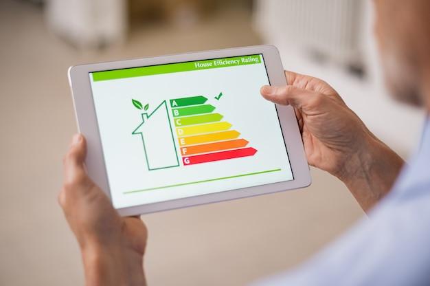Casa de eficiencia energética Foto Premium
