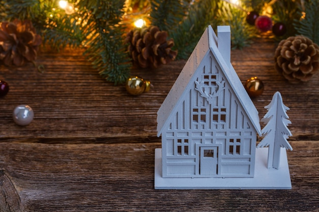 Casa de navidad blanca