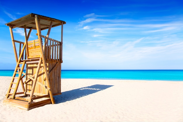 Casa de salvavidas de playa de formentera llevant.
