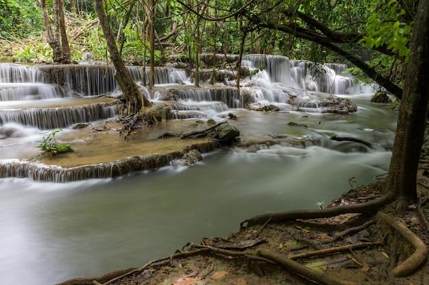 Cascada que es una capa en tailandia