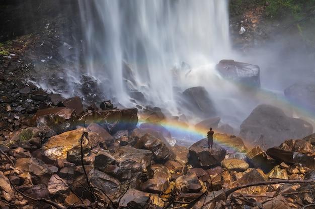 Cascada tad-loei-nga. cascada hermosa en la provincia de loei, thailand.