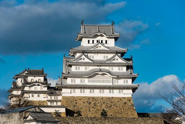 Castillo egret blanco o castillo himeji, japón