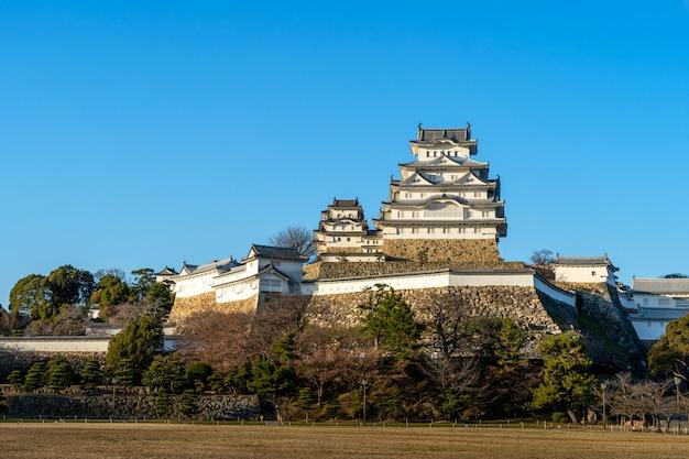Castillo en himeji, uno de los castillos más antiguos de japón.