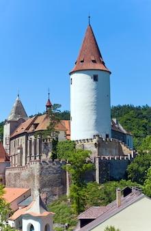 Castillo histórico medieval de krivoklat en república checa (bohemia central, cerca de praga)