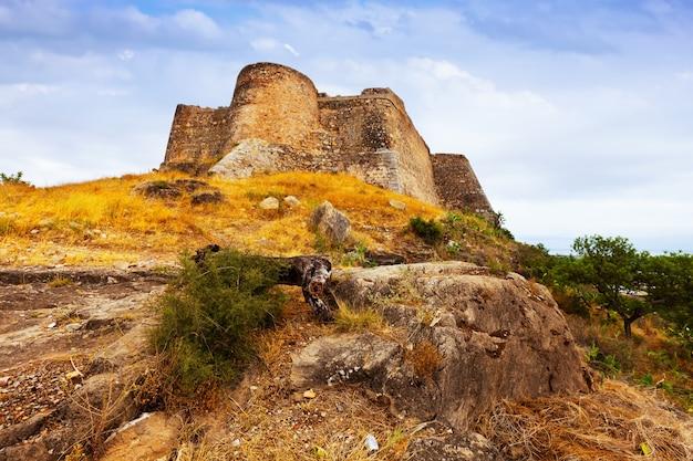 Castillo de sagunto en verano. españa