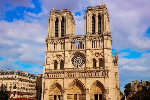 Catedral de notre dame en parís francia