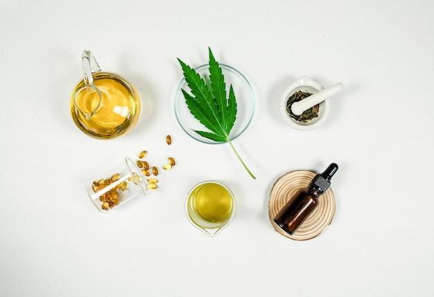 Cbd thc tratamiento médico de aceite en laboratorio médico. medicina natural en investigación clínica.