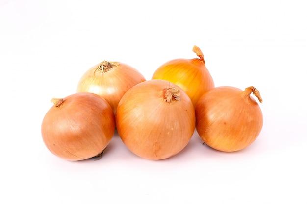 Cebollas orgánicas frescas