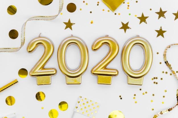 Celebración de año nuevo 2020 y lentejuelas