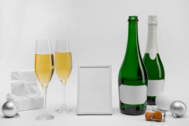 Celebración de año nuevo con champagne