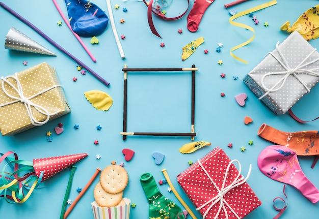 Celebración y fiesta plana con marco y decoración.