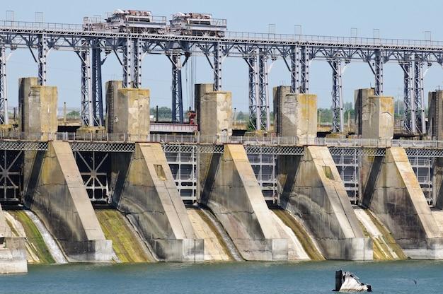 Central hidroeléctrica de almacenamiento por bombeo.
