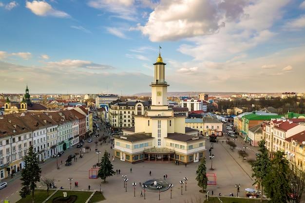 El centro histórico de la ciudad de ivano-frankivsk, ucrania